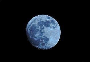 Blauer Mond_August